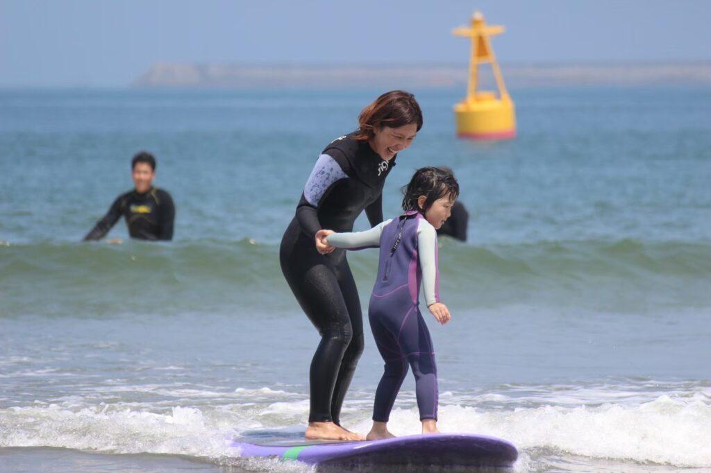 家族サーフィンスクール